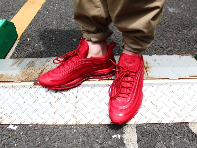 BLOGSTYLEAIRMAX97RED.02.jpg