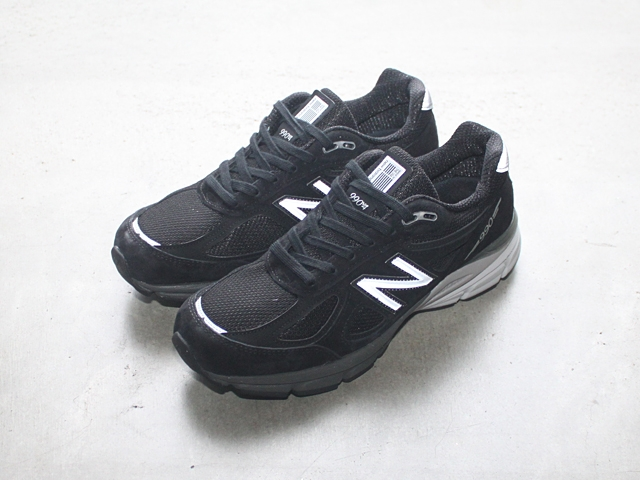 blognewbalancem990blk4black.jpg
