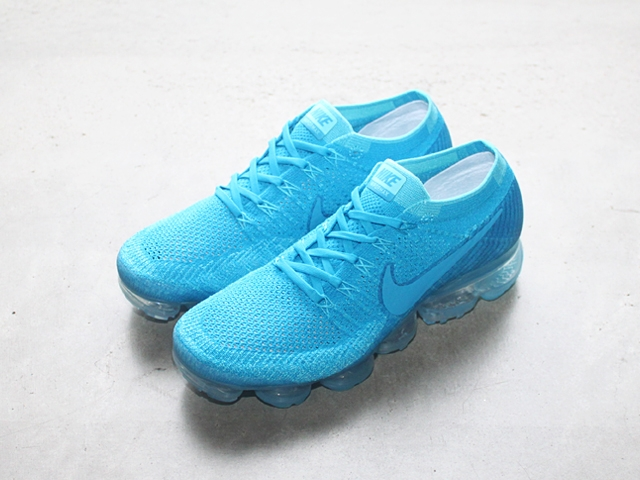 blogvapormaxblue.jpg
